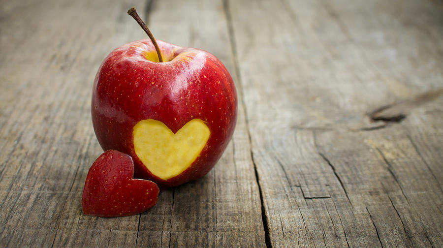 Apples are a heart healthy food