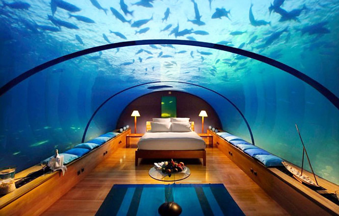 The Reverse Aquarium - Fiji