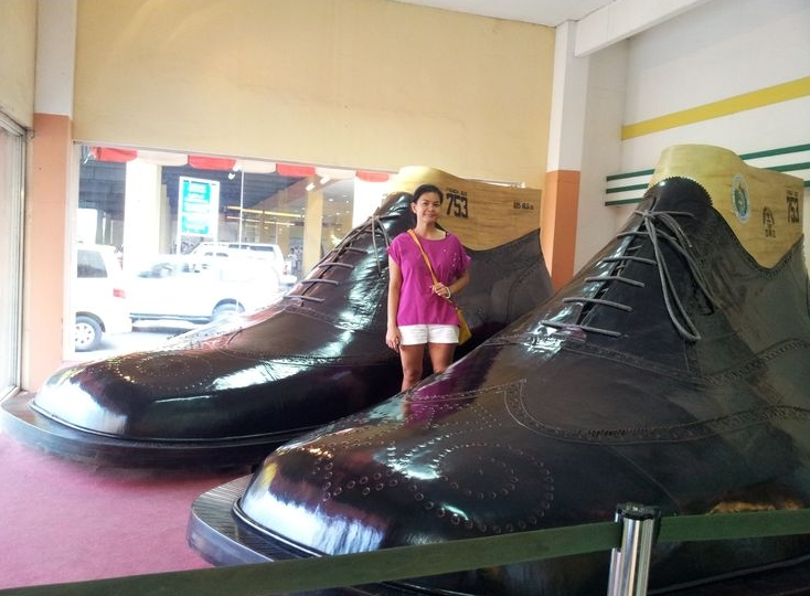 Largest Pair Of Shoes