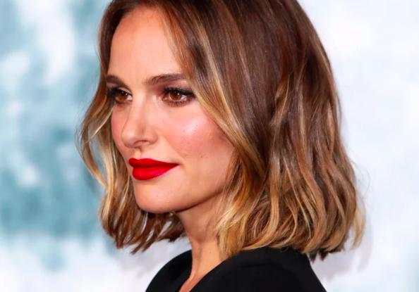 Natalie Portman's Smoky Gold Hair