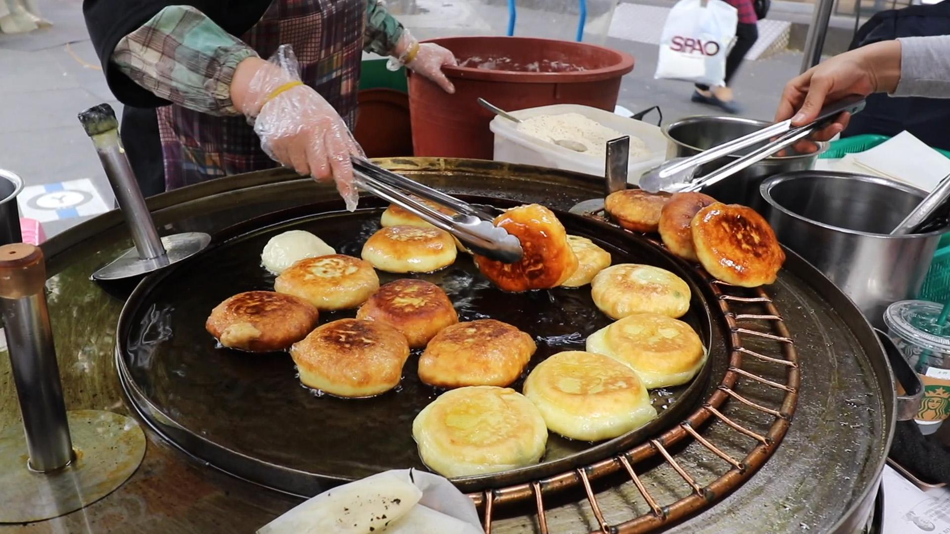Hotteok Stuffed Pancakes